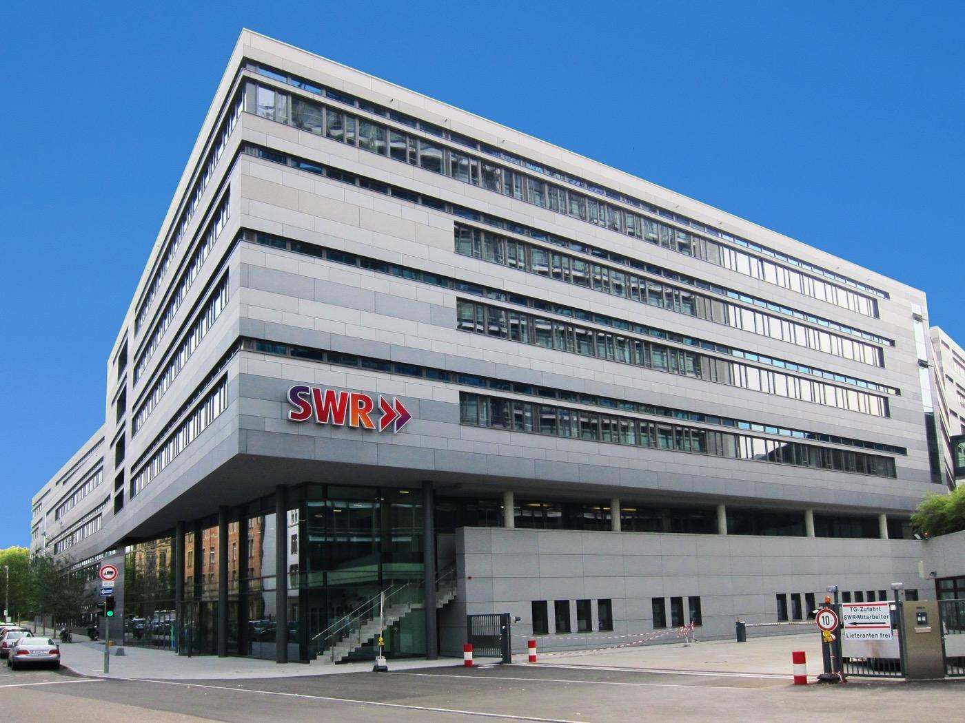 SWR beim Funkhaus Stuttgart